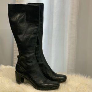 Nine West genuine leather the Airvilla boots 8.5